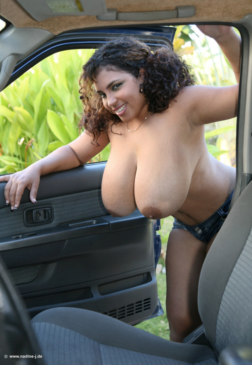 Amateur girls on cars