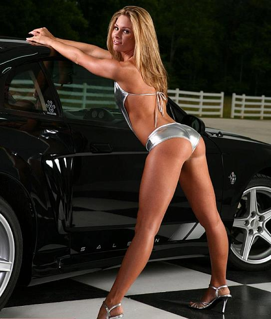 hot-girls-hot-cars05