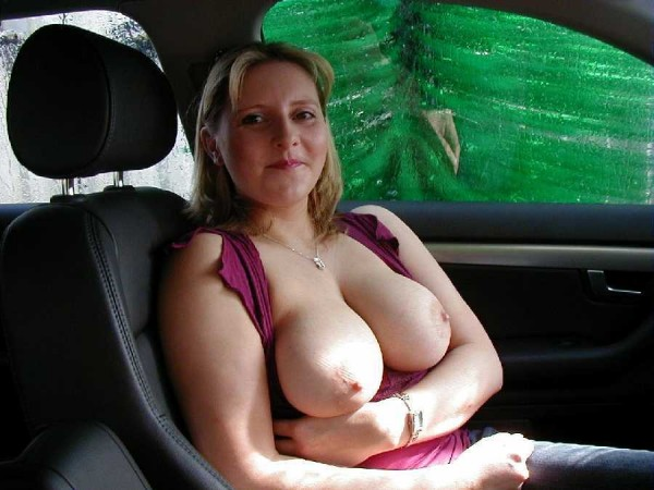 Naked amateur girls in cars