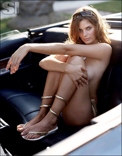 sexy-girl-and-classic-car-4