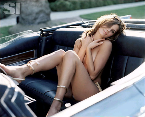 sexy-girl-and-classic-car-5