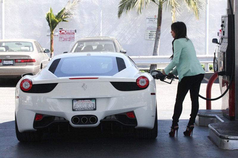 Sexy Girls & Ferrari