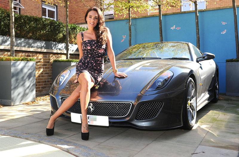 Sexy Girl & Ferrari