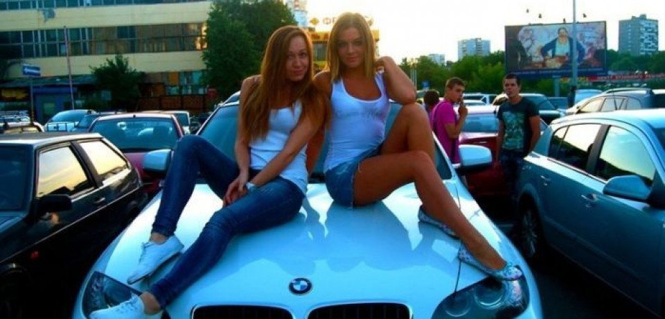 sexy_girls_and_bmw08