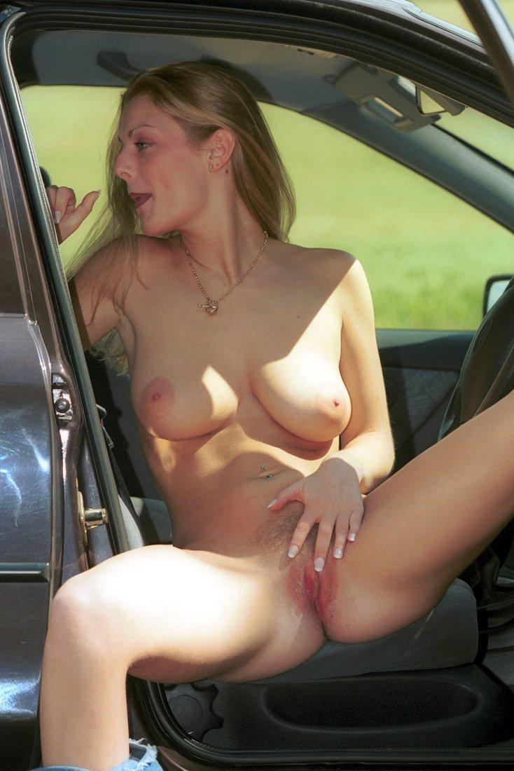 naked chick in car