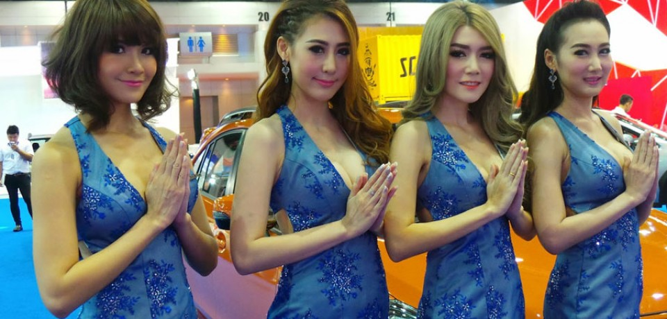 Sexy Asian Girls At Bangkok International Auto Salon 2015 11