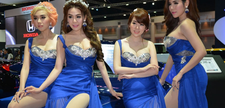 Sexy Asian Girls At Bangkok International Auto Salon 2015 21