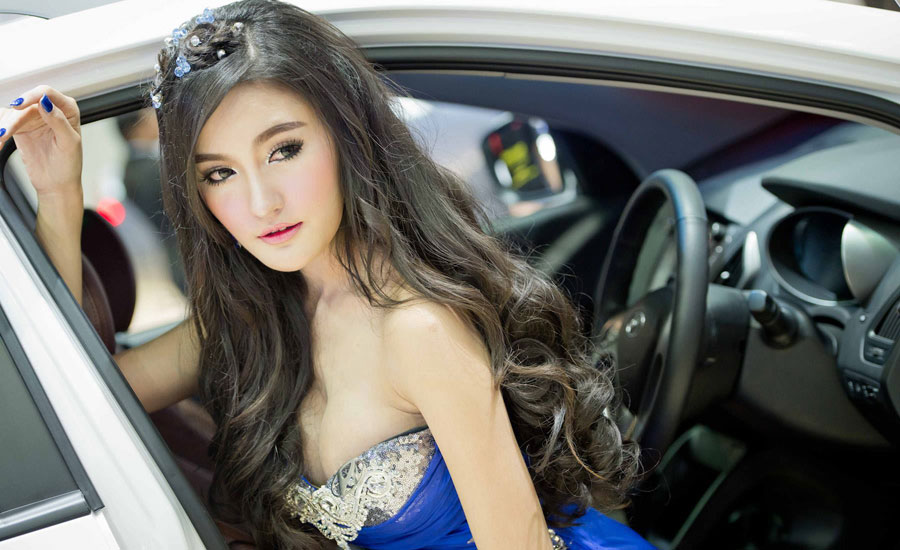 Sexy Asian Girls At Bangkok International Auto Salon 2015