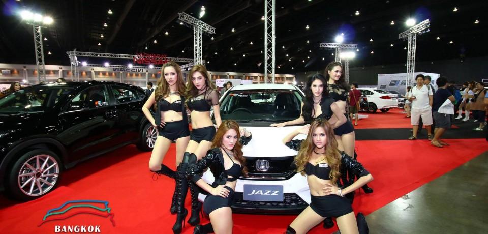 Sexy Asian Girls At Bangkok International Auto Salon 2015 37
