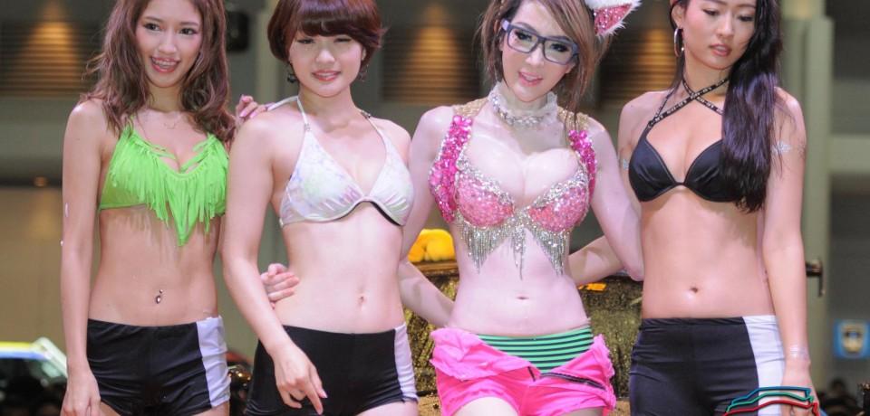 Sexy Asian Girls At Bangkok International Auto Salon 2015 46