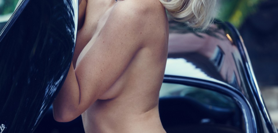 Hot Blonde Babe Kayslee Collins in A Classic Car 10